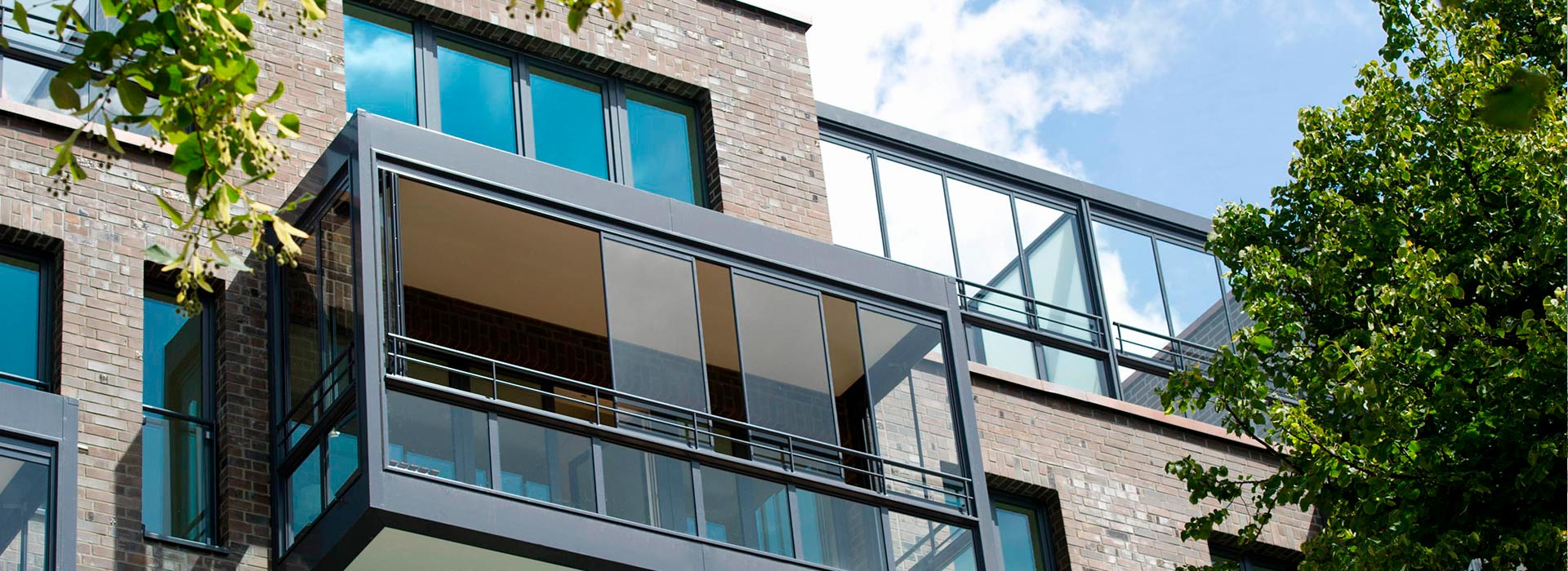 balkon balkongel nder balkonverglasung glashaus rehm wintergarten glashaus light. Black Bedroom Furniture Sets. Home Design Ideas